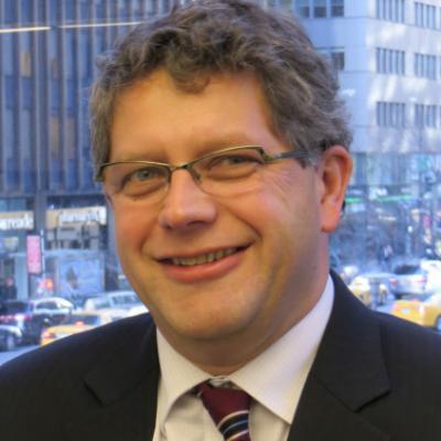 <span class='agenda-slot-speaker-name'>Dr. Bart van Ark</span>